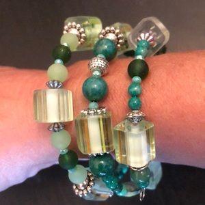 Jewelry - 🦖green howlite sea glass bracelet